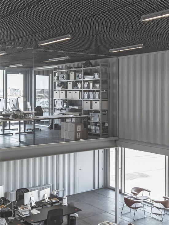 只有这样的集装箱办公室,才能称得上高级感!
